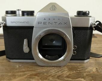 Vintage Asahi Pentax spotmatic camera
