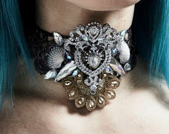 Silver and Gold Siren Choker - Gorgeous Necklace with Hand-painted Shells, Rhinestone Crystals and Scalloped Lace