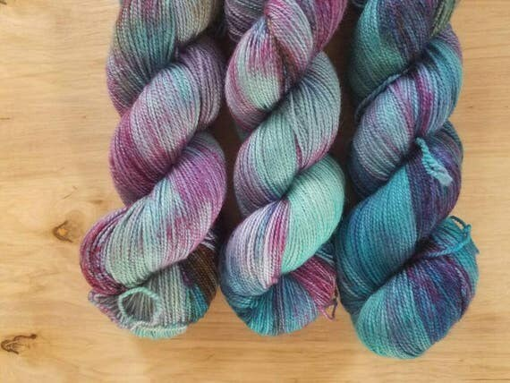 Mermadia - Simply SIngle - Superwash Merino - 400 yards
