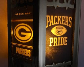 Green Bay Packers Inspired Battery-Operated Plastic Mini Lanterns (Gold)