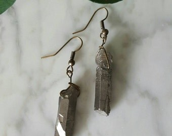 Titanium Quartz Earrings/ Gray Crystal Earrings/ Quartz Point Earrings