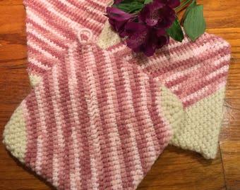 Grandma's Pinks & Creams Potholders 3 Pack