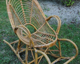 Vintage rocking chair rattan