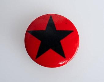 Vintage 'Black Star' Pin Back Button Badge