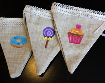 Garlands of sweets designed pennants