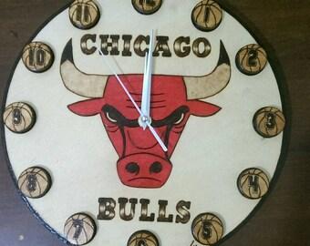 "Clock ""Chicago Bulls"" Handmade Pyrography"