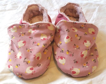 Filled slippers, size 26, small ground birds