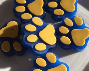 Set of 8 Cub Scout Paw Print Soaps