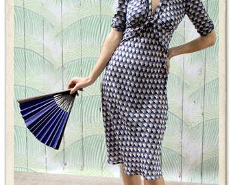 1940s Style Midi Dress In Retro Navy Fan Print Crepe