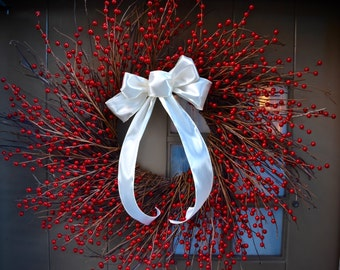 2017 Large Red Berry Wreath - Christmas Wreath - Holiday Wreath - Christmas Decor - Holiday Decor - Grapevine Wreath - Holiday Gift