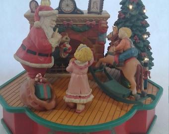 Vintage Lustre Fame Welcome Santa Music Box