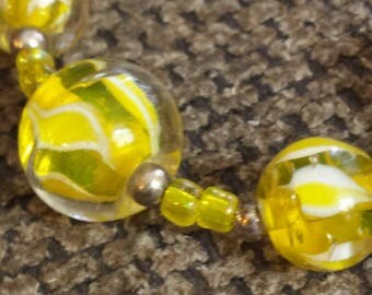 Yellow glass beaded stretch bracelet