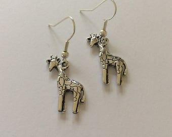 Giraffe earrings / giraffe jewellery /  animal earrings / animal jewellery / animal lover gift