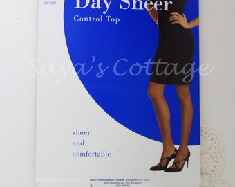 Vintage NEW in Original Pakcage Hanes Day Sheer Control Top Stockings  Tights Size L-XL EF  Nylon Control Top