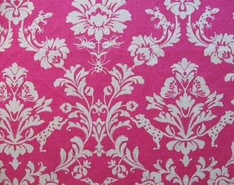 Echino Gothic Leopard in Pink