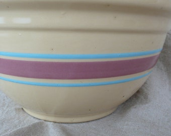 Vintage Watt Yellow Wear Large Mixing Bowl