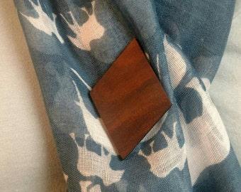 Wooden diamond brooch