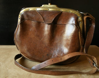 Vintage brown leather bag.