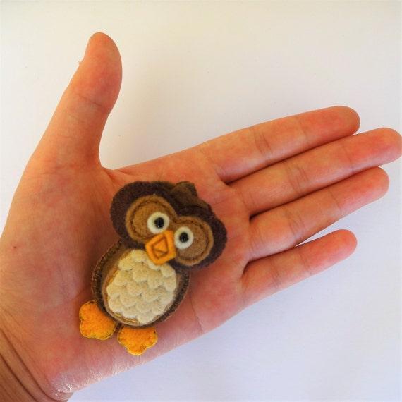 Brown Sugar Owl Brooch
