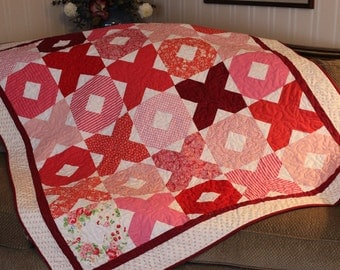 Handmade Quilt, Hugs and Kisses Quilt, red quilt, pink quilt,  throw, free shipping