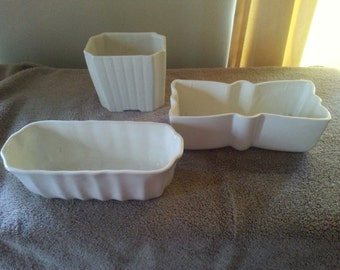 3 Vintage Ungemach UPCO pottery planter pieces in white/cream