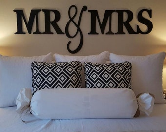 Unfinished large King size Mr & Mrs wood letters wedding venue and wall decor newlywed gift