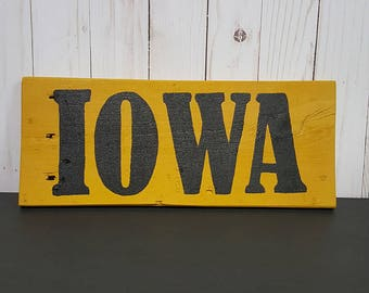 IOWA Hawkeyes pallet wood sign/Hand painted/University of Iowa Wall Decor/Repurposed Wood/Pallet Wood Decor/Black and Gold