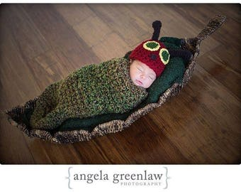Newborn Baby Hungry Caterpillar Cocoon and Hat Set, Made to Order