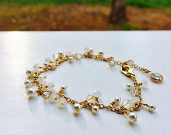 white swarovski pearl and crystal bracelet| gifts for her| bridal