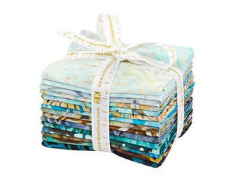 Robert Kaufman Artisan Batiks - Earth and Sky Fat Quarter Bundle by Lunn Studios - 15 Fat Quarters