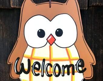 Owl welcome wood sign, fall door hanger