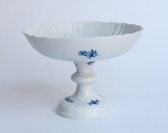 Royal Copenhagen Blue fluted Bowl on foot