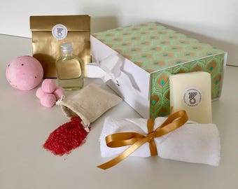 Get Well Soon Gift for Friend Relaxation Thinking of You Gifts Mum Care Package Personalised Cheer Up Birthday Bath Bomb Set for Her