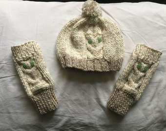 Children's Owl and Hand Warmer set