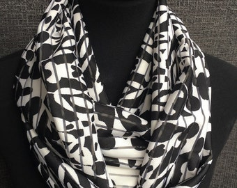 Black Infinity Scarf, Black and White Scarf, Printed Scarf, Infinity Scarf, Fashion Scarf, Circle Scarf, Black Circle Scarf, Loop scarf