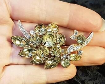 Vintage Eisenberg Green Crystal Flower brooch pin