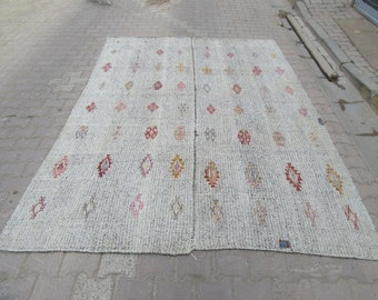 7.5x10 Ft Vintage handwoven embroidered modern Turkish kilim rug
