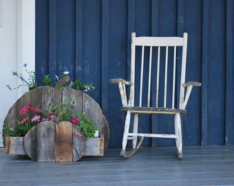 Wood barn/wood reclaimed /galerie patio/garden planter
