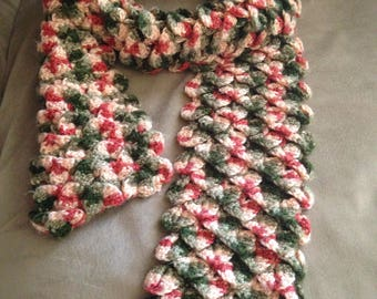 Crocodile stitch scarf