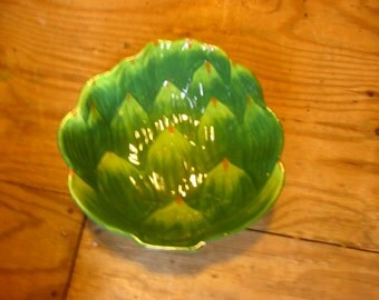 Green Artichoke Shaped Serving Bowl