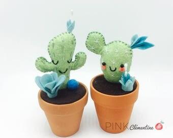 Duo of Mini Cactus in wool felt / wool felt cactus mini / terracotta / home decor