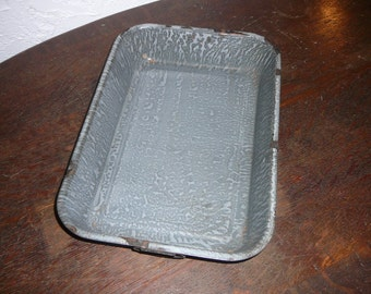 Vintage granite ware casserole, baking pan