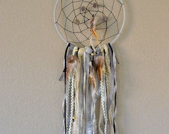 Use SPRING40 for 40% off-Rustic & Chic Dream Catcher