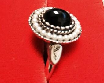 Vintage 1970 Avon Ring