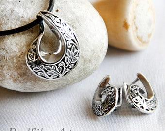 Sterling silver set/ Silver pendant/ Silver earrings/ Romantic jewelry/ Vintage style/