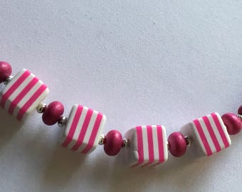 Bright pink chunky necklace
