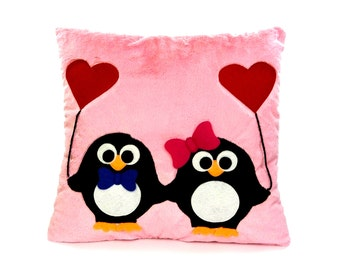 Decorative pillow with penguins | Lovely penguins | Penguins with hearts | Valentine's penguins - SoftDecor