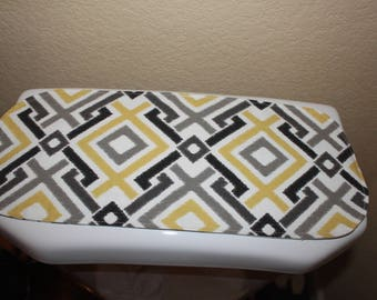 Toilet tank cover, toilet tank topper, tank runner, bathroom decor, small table runner reversible.
