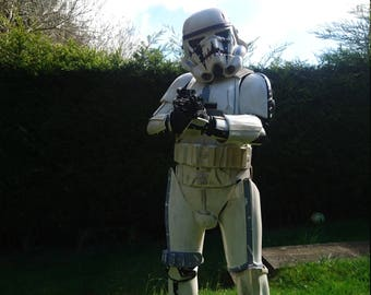 Star Wars Stormtrooper armour and E11 Blaster Shepperton Designed with certificate of authenticity
