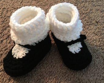 Maryjane baby booties, black and white
